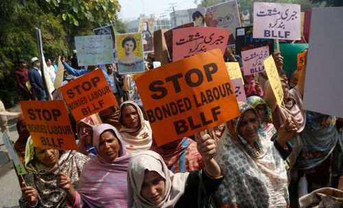Police in Pakistan recover teenage girl after 'forced conversion and marriage'