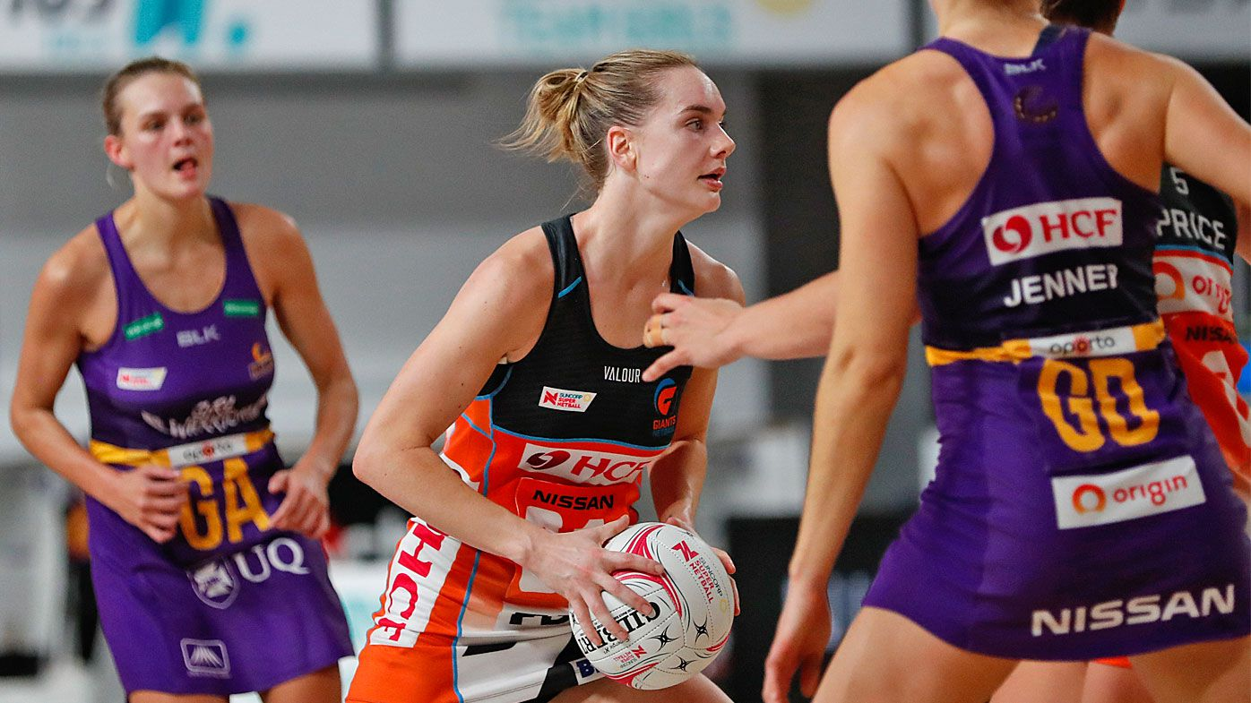 Two 'extraordinary' Super Netball clashes go down to the wire