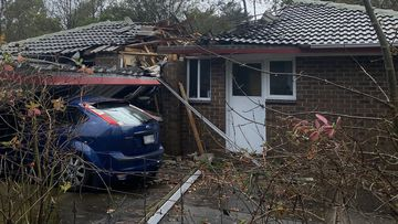 Severe weather damages cars and homes in South Australia