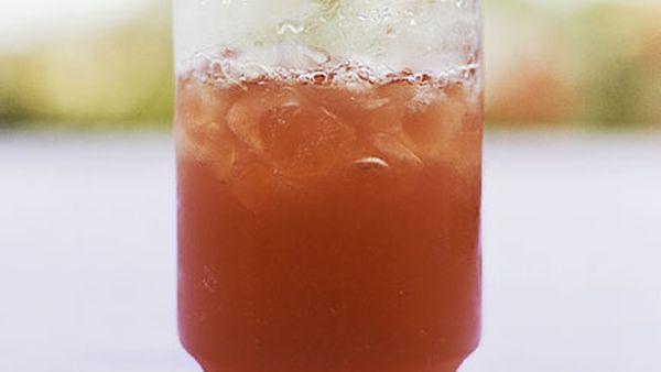 Rum-Cranberry Fizz