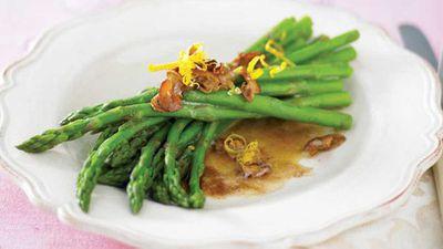 """Recipe:&nbsp;<a href=""""http://kitchen.nine.com.au/2016/05/13/11/25/asparagus-bundles"""" target=""""_top"""">Asparagus bundles</a>"""