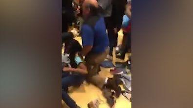 Black Friday brawl shuts down US mall