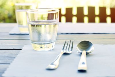 MYTH: Drinking water with meals dilutes stomach acid