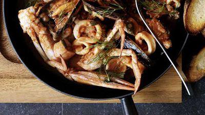 """<a href=""""http://kitchen.nine.com.au/2016/05/17/09/58/livornese-seafood-stew"""" target=""""_top"""">Livornese seafood stew</a>"""
