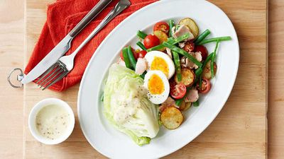<strong>Light nicoise salad</strong>