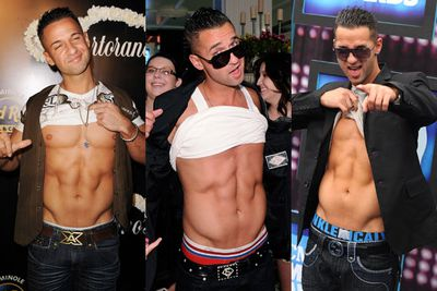 OK so he's got good abs. But why does he always pull his shirt up like that when there's a camera around? Just take your shirt off and be done with it, man!