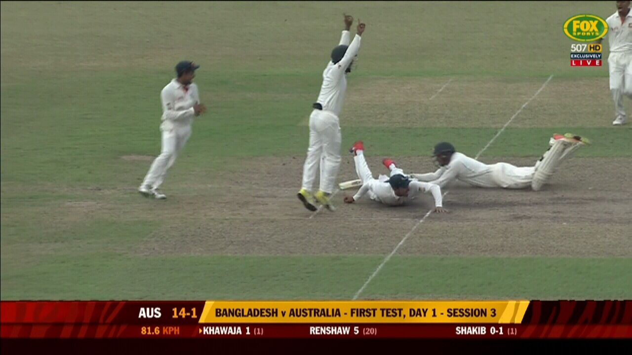 Aussies in trouble after stunning collapse
