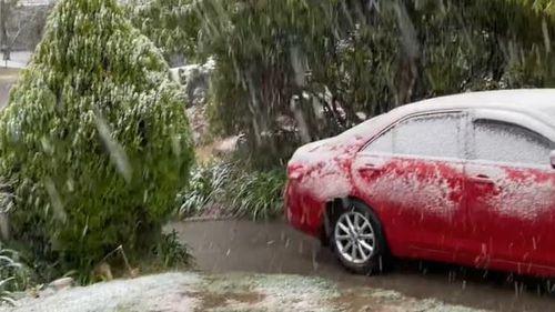 Blackheath resident Angela Corkeron captured this photo of this snow.