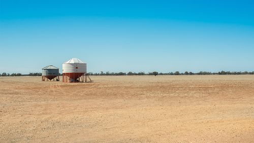 Victorian farmers get $31.5m for drought relief, including mental health support