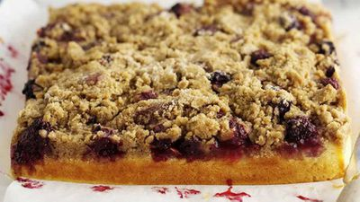 """Recipe:<a href=""""http://kitchen.nine.com.au/2016/05/18/01/33/quince-and-blackberry-crumble-cake"""" target=""""_top"""">Quince and Blackberry Crumble Cake</a>"""