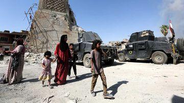Civilians in Mosul. (AAP)