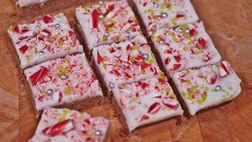 Christmas after dinner candy cane mint slice kitchen hack recipe