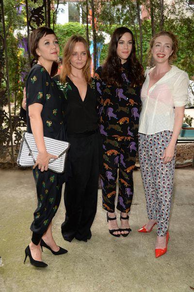 Maggie Gyllenhaal, Stella McCartney and Liv Tyler<br>