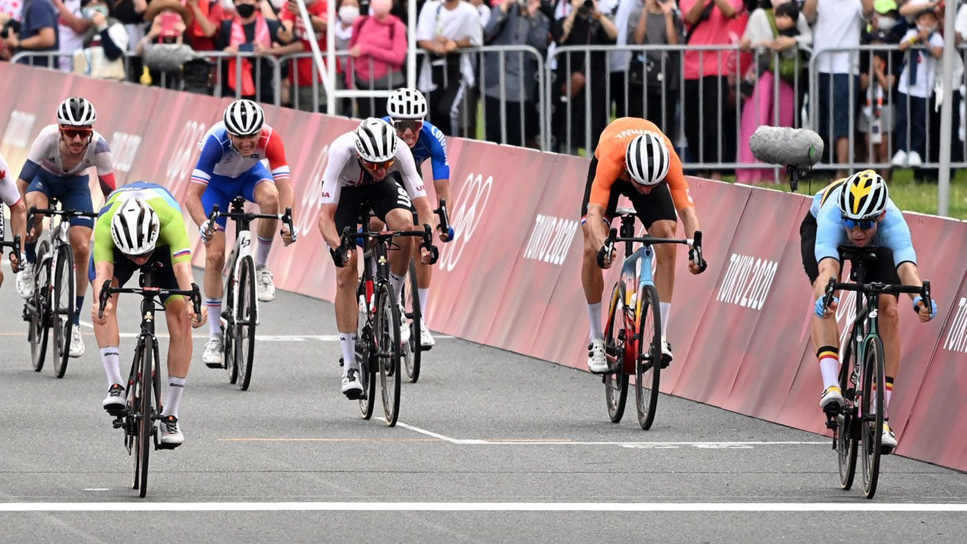 234km race ends in stunning photo finish