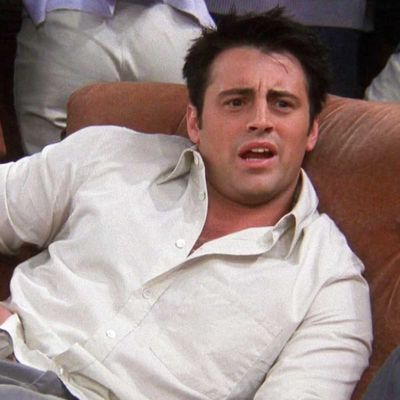 19. 'The One Where Joey Loses His Insurance' (Season 6, Episode 4)