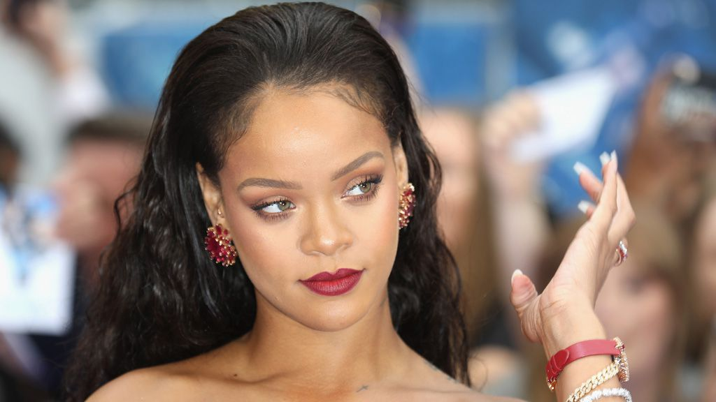 Rihanna calls out Victoria's Secret in Vogue cover story