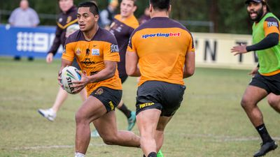 Anthony Milford in action at Broncos training on Tuesday. (AAP)