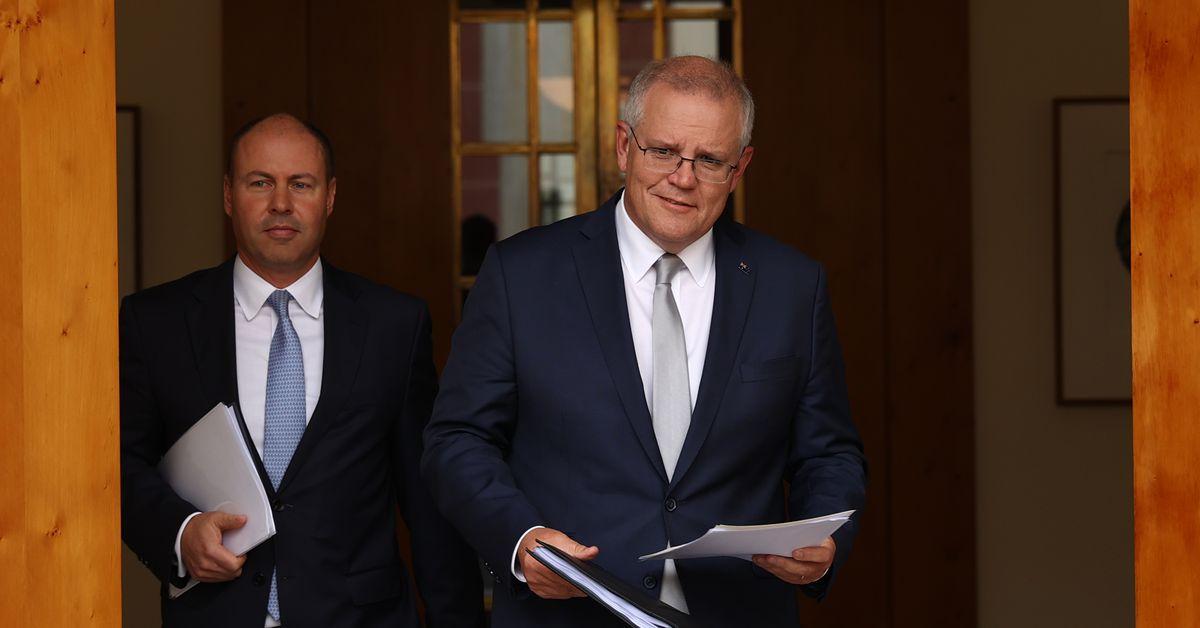 Australia's unemployment rate falls to 5.8 per cent – 9News