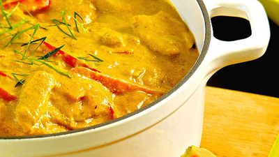 "Recipe: <a href=""http://kitchen.nine.com.au/2016/05/05/13/39/papaya-and-chicken-curry"" target=""_top"" draggable=""false"">Papaya chicken curry</a>"