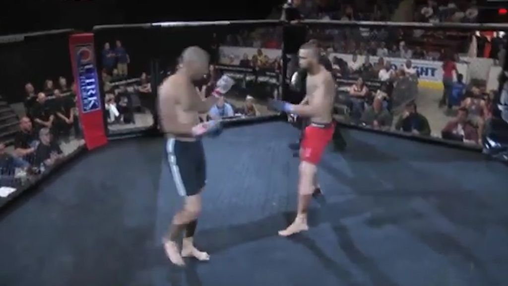 MMA fight over in three seconds