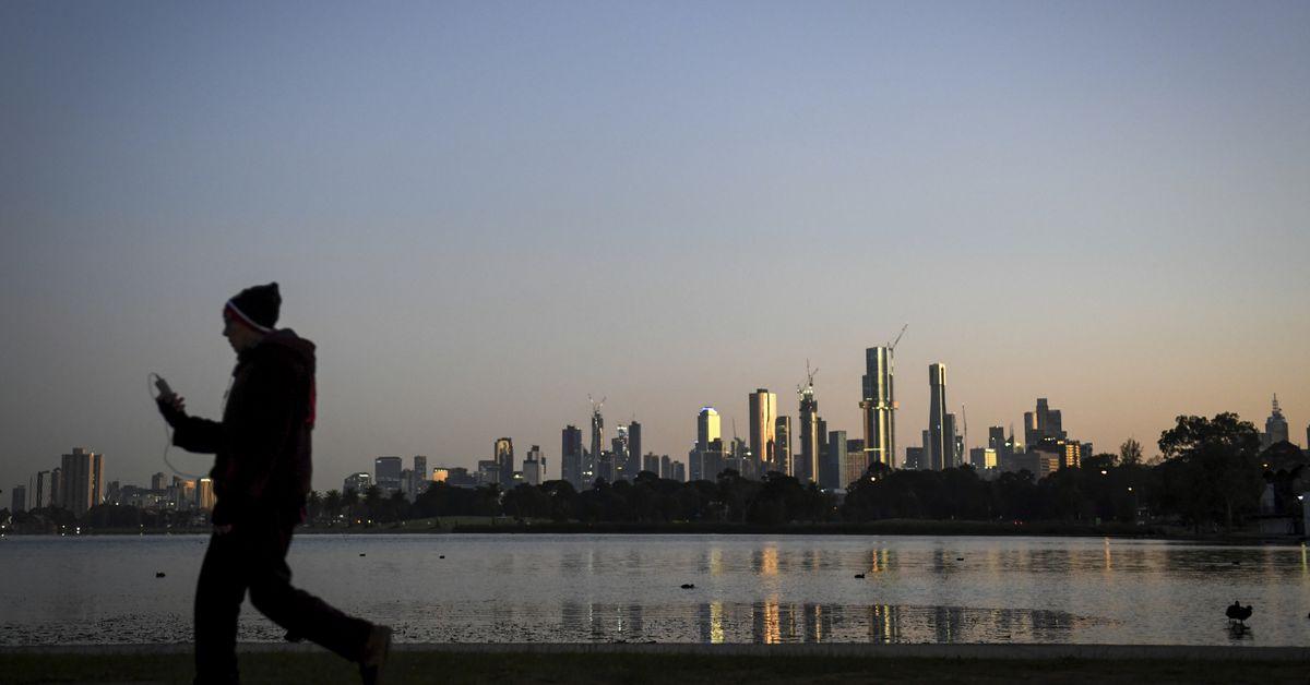 Polar air blast to sweep east coast of Australia – 9News