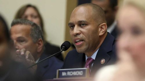Democratic Congressman Hakeem Jeffries tried to goad Robert Mueller into accusing Donald Trump directly of obstruction of justice.