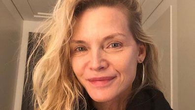 Michelle Pfeiffer, makeup free, selfie