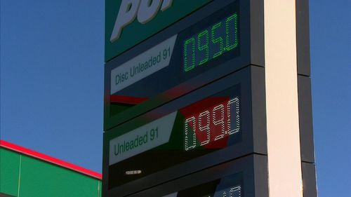 The cheap fuel deal was the result of a radio promotion from Hit 92.9 that started at Puma Energy petrol stations in Dayton and Baldivas for just 24 hours.