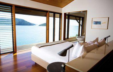 Qualia bedroom