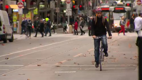 Bicycles in the heart of Melbourne could become an even more common sight if the push for a car-free city is successful. (9NEWS)