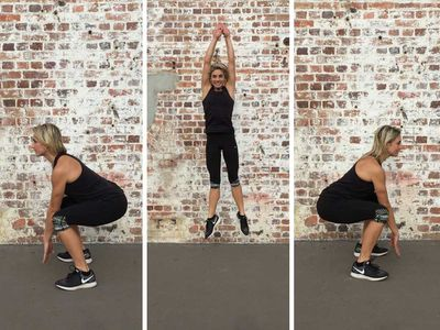 <p>Squat jumps with half turn</p>