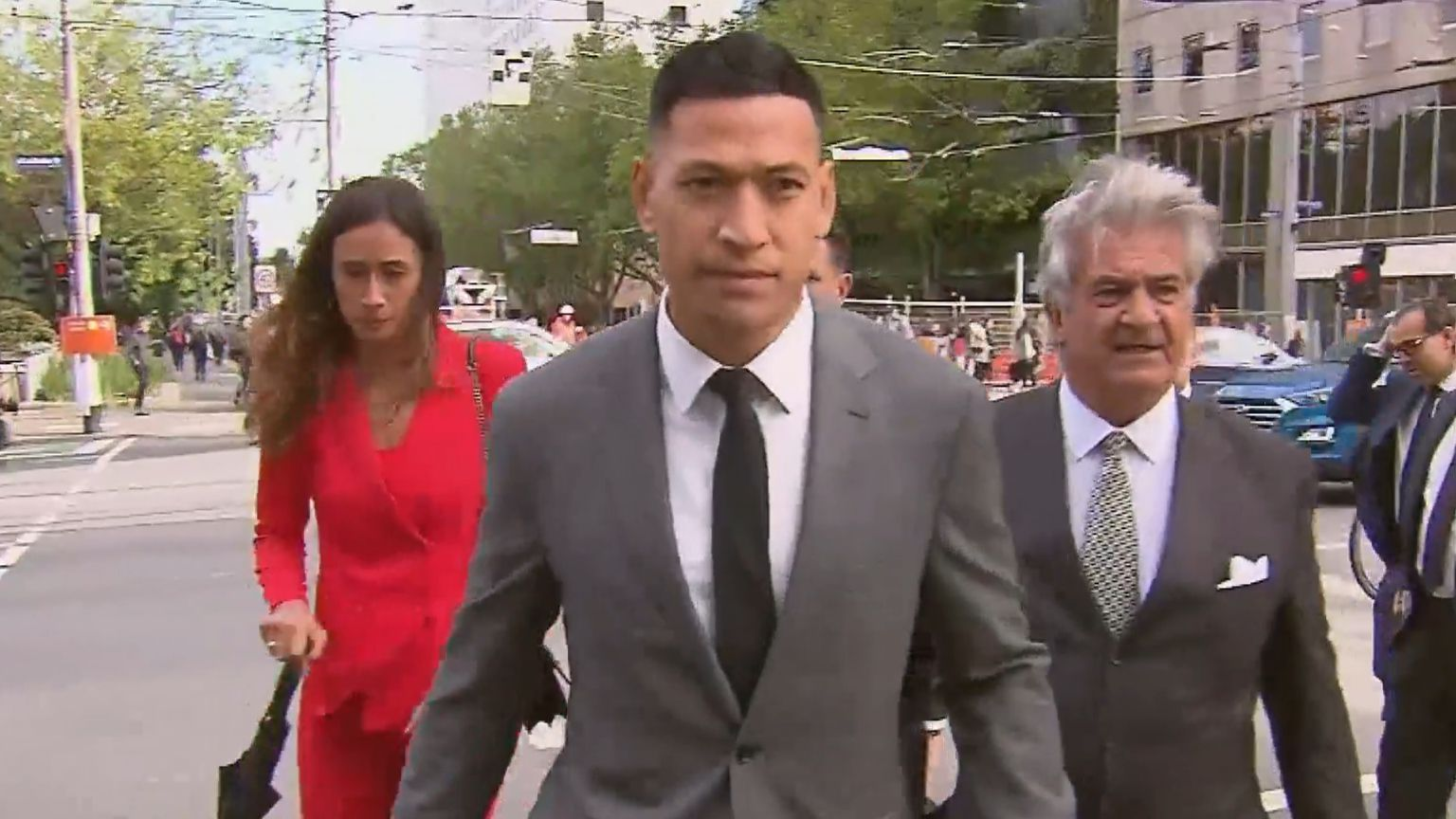 Israel Folau to agree to social media conditions as part of $1 million Dragons deal