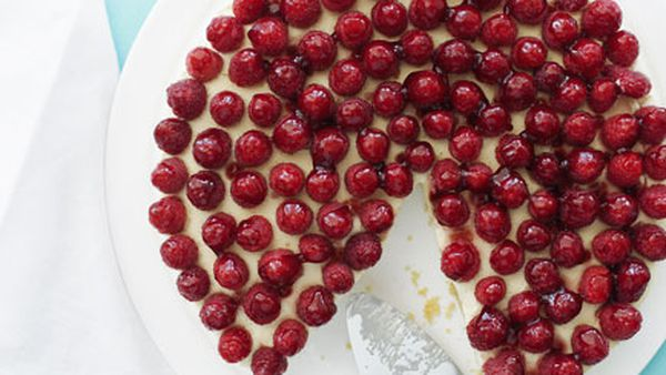 Raspberry and goat's curd cheesecake