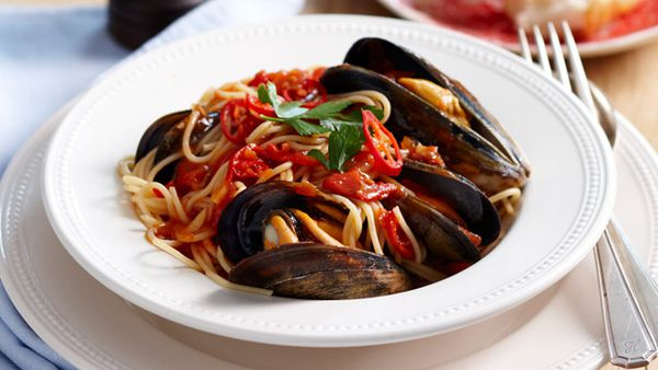 Spaghetti and mussels for $10