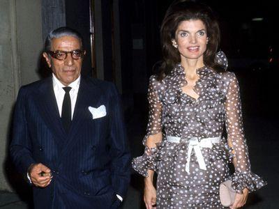 Jackie Onassis and husband Aristotle Onassis (Photo by Tom Wargacki/WireImage)