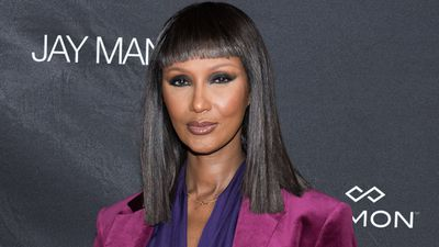 <p>Supermodel Iman has made a rare appearance at a star-studded beauty event in New York.</p> <p>The 61-year-old has kept a low profile since the death of her husband David Bowie in January 2016, but she happily posed for photographers at the Jay Manuel Beauty Retail Experience in New York.<br /> <br /> With a chic blunt fringe and poker-straight glossy locks, Iman looked incredible as always. Those cheekbones, that mouth, those eyes ... This is ageless, classic beauty at its best.</p> <p>To see more snaps of Iman plus a collection of other women who simply do not age, scroll through our image gallery.</p> <p>Prepare to be wowed.</p>