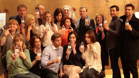 Downton Abbey cast responds to 'Water Bottle-Gate' fail... with more water bottles!