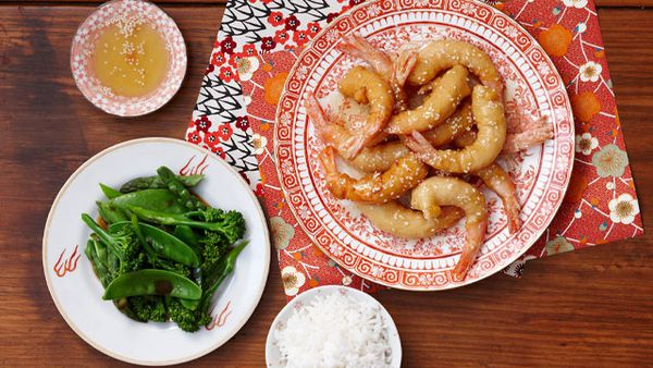 Honey sesame prawns