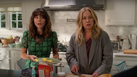 Netflix's Dead to Me starring Christina Applegate and Linda Cardellini.