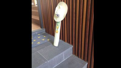 ‏@russbarwick <p></p><p>  Vale Phillip Hughes. Just an incredibly sad time for all. #putoutyourbats </p><p></p>