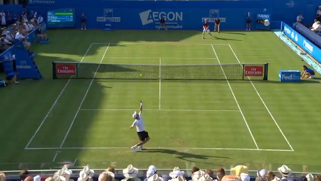 Thompson stuns Murray at Queen's