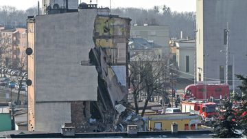 An apartment block collapsed Sunday in Poland's western city of Poznan, killing several people and injuring more than 20 others. (AAP)