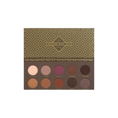 "<p><strong><em>Smoke Screen-</em></strong> <a href=""https://www.sephora.com.au/products/zoeva-cocoa-blend-palette/v/default"" target=""_blank"" draggable=""false"">Zoeva Cocoa Blend Palette, $38</a></p> <p>The perfect complement to a fierce pout? A subtle, smokey eye.</p> <p> </p>"