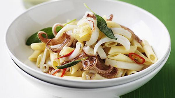 Pennette with calamari, chilli and sage