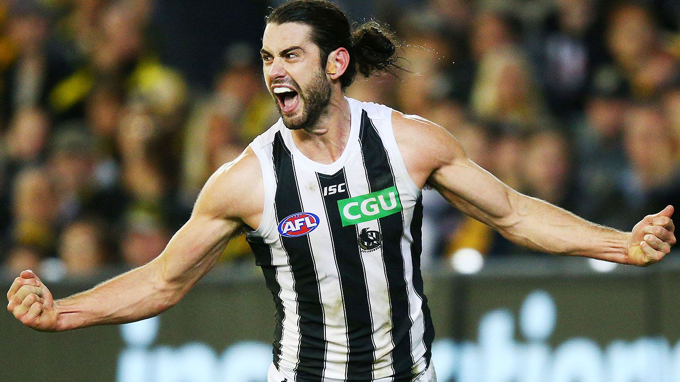 AFL Magpies' Grundy re-signs for 7 years