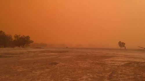 The dust storm made its way over Dunlop Station, 114 kilometres west of Bourke on Tuesday night.