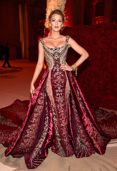 <p>It's the premier event on the fashion calendar and the 2018 Met Gala 'Heavenly Bodies: Fashion and the Catholic Imagination' didn't disappoint - not by a long shot.&nbsp;<br> &nbsp;<br> The night's enticing cocktail of fame, fortune, fashion and a flamboyant theme can either be a sartorial dream or a complete disaster.<br> &nbsp;<br> Thankfully, this year, for the most part, our eyes were left relatively unscathed with most of the A-list successfully mixing designer attire with religious iconography.<br> &nbsp;<br> Here is HoneyStyle's pick of the top 10 looks that will go on to define this year's Met Gala in years to come.<br> <br> </p> <p>&nbsp;</p>