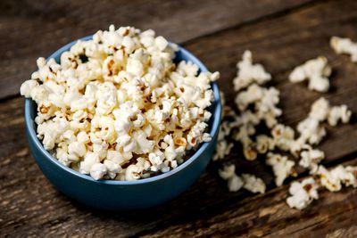 Air-popped popcorn: 4g fibre