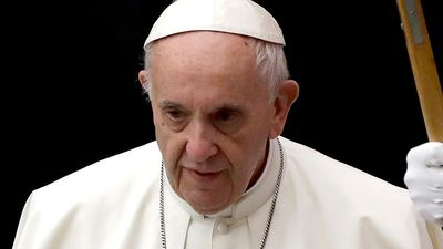 Pope to 'seriously' consider royal commission's call for reforms