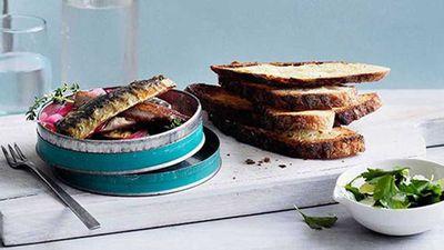 "Recipe:<a href=""http://kitchen.nine.com.au/2016/05/16/18/46/soused-sardines-on-toast"" target=""_top"">Soused sardines on toast</a>"